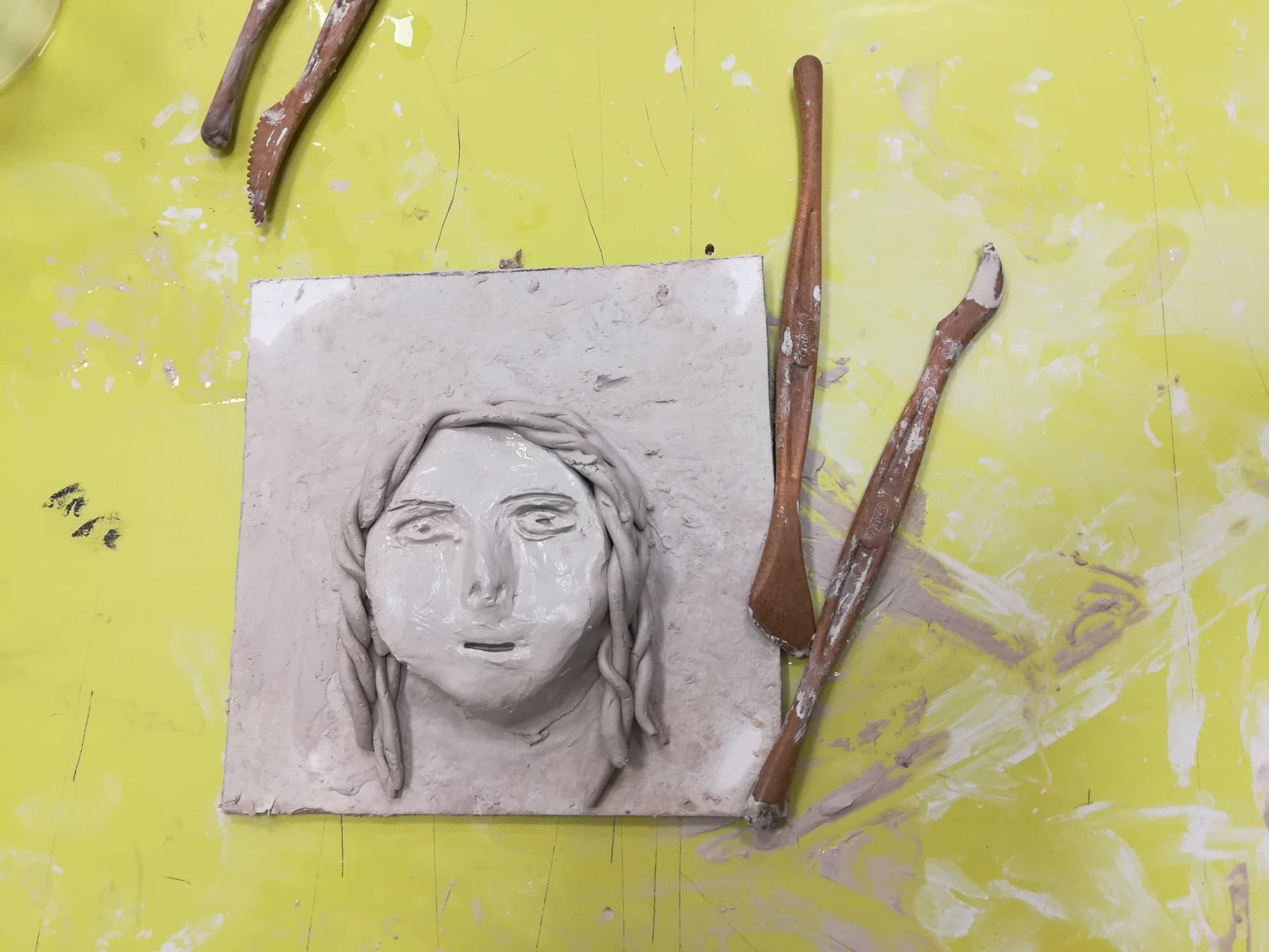 Atelier modelage d'argile
